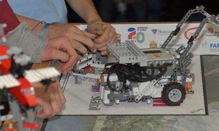 Gran éxito de participación en la FIRST® LEGO® League  2015