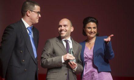El investigador Roberto Quesada, premiado por La8 Burgos