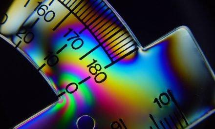 Fotoelasticidad: cómo ver lo invisible